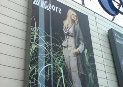 moore3_kaseton